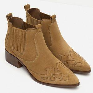 Zara suede ankle cowboy boots
